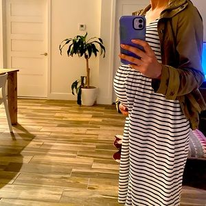 H&M Maternity small casual dress